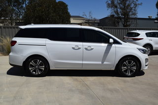 2019 Kia Carnival YP MY19 SLi White 8 Speed Sports Automatic Wagon