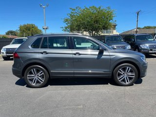 2017 Volkswagen Tiguan 5N MY17 110TDI DSG 4MOTION Comfortline Grey 7 Speed.