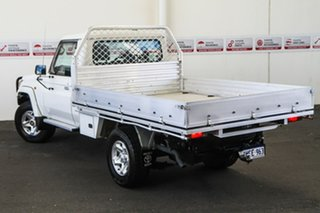 2010 Toyota Landcruiser VDJ79R MY10 GXL French Vanilla 5 Speed Manual Cab Chassis.