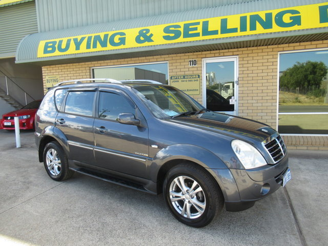 Used Ssangyong Rexton Y220 RX270 XVT Mandurah, 2010 Ssangyong Rexton Y220 RX270 XVT Charcoal 5 Speed Automatic Wagon