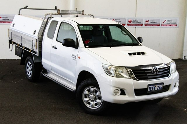 Pre-Owned Toyota Hilux KUN26R MY12 SR Xtra Cab Rockingham, 2013 Toyota Hilux KUN26R MY12 SR Xtra Cab Glacier White 5 Speed Manual Utility