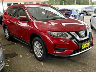 2017 Nissan X-Trail T32 ST X-tronic 2WD Red 7 Speed Constant Variable Wagon.