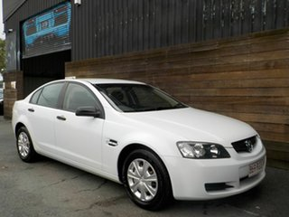 2008 Holden Commodore VE Omega White 4 Speed Automatic Sedan.