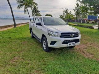 Toyota Hilux Standard White Pearl Manual.