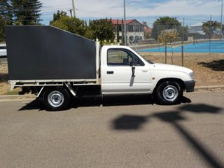2000 Toyota Hilux LN147R 4x2 5 Speed Manual Cab Chassis