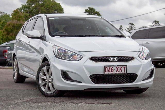 Used Hyundai Accent RB4 MY17 Active Gympie, 2017 Hyundai Accent RB4 MY17 Active White 6 Speed Constant Variable Hatchback