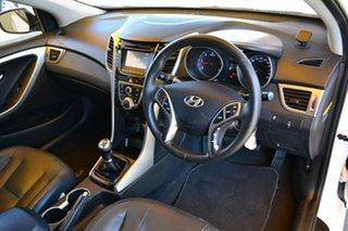 2014 Hyundai i30 GD2 MY14 SE White 6 Speed Manual Hatchback.