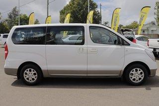 2015 Hyundai iMAX TQ-W MY15 Creamy White 4 Speed Automatic Wagon.