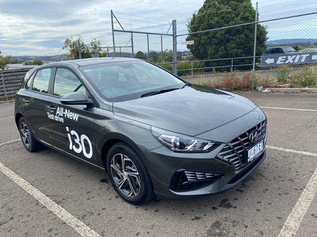 Demo Hyundai i30 PD.V4 MY21 Devonport, 2020 Hyundai i30 PD.V4 MY21 Amazon Gray 6 Speed Sports Automatic Hatchback