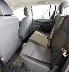 Toyota Hilux Standard  Silver Metallic