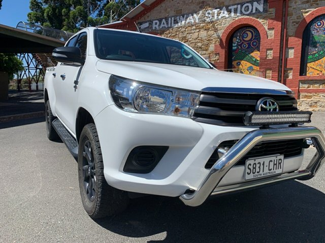 Used Toyota Hilux GUN136R SR Double Cab 4x2 Hi-Rider Cheltenham, 2015 Toyota Hilux GUN136R SR Double Cab 4x2 Hi-Rider White 6 Speed Sports Automatic Utility