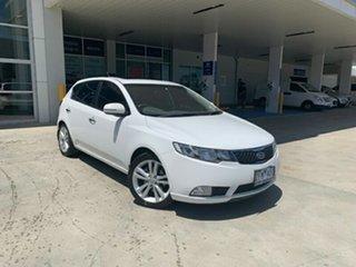 2012 Kia Cerato TD MY12 SLi White 6 Speed Sports Automatic Hatchback.