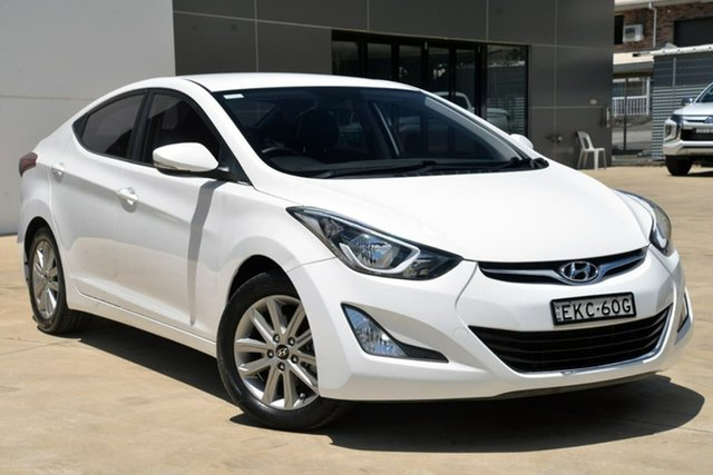 Used Hyundai Elantra MD3 SE Tuggerah, 2015 Hyundai Elantra MD3 SE White 6 Speed Manual Sedan