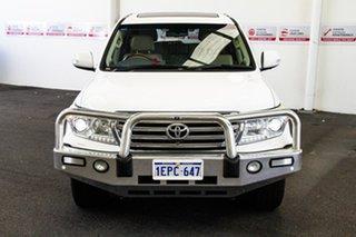 2013 Toyota Landcruiser VDJ200R MY13 Sahara (4x4) Glacier White 6 Speed Automatic Wagon.