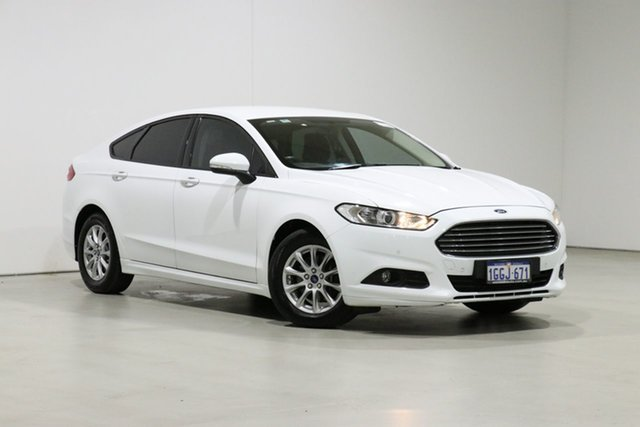 Used Ford Mondeo MD Ambiente Bentley, 2017 Ford Mondeo MD Ambiente White 6 Speed Automatic Hatchback