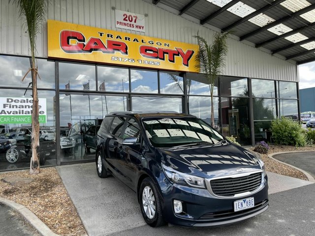 Used Kia Carnival YP MY15 SI Traralgon, 2015 Kia Carnival YP MY15 SI Blue 6 Speed Automatic Wagon