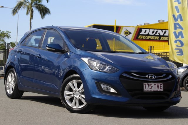 Used Hyundai i30 GD2 MY14 Trophy Rocklea, 2014 Hyundai i30 GD2 MY14 Trophy Dazzling Blue 6 Speed Manual Hatchback
