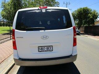 2010 Hyundai iMAX TQ White 4 Speed Automatic Wagon