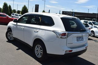 2013 Mitsubishi Outlander ZJ MY13 ES 2WD White 6 Speed Constant Variable Wagon