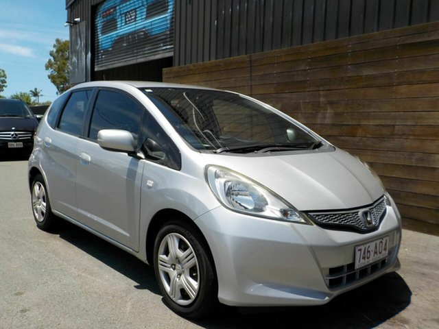 Used Honda Jazz GE MY12 GLi Labrador, 2012 Honda Jazz GE MY12 GLi Silver 5 Speed Manual Hatchback