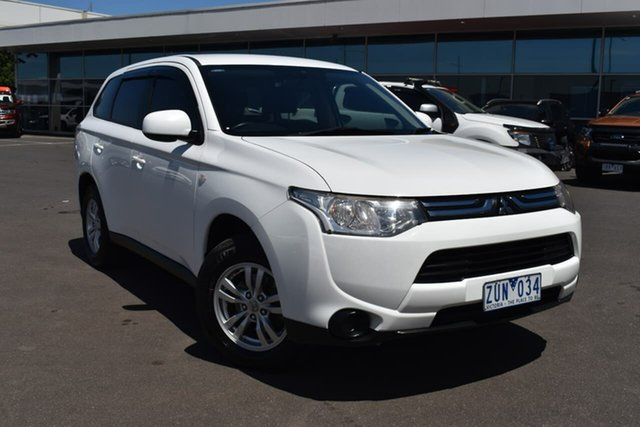 Used Mitsubishi Outlander ZJ MY13 ES 2WD Essendon Fields, 2013 Mitsubishi Outlander ZJ MY13 ES 2WD White 6 Speed Constant Variable Wagon