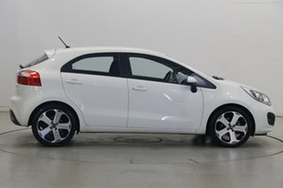 2013 Kia Rio UB MY13 SLi White 6 Speed Sports Automatic Hatchback