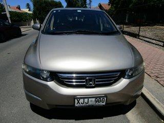 2006 Honda Odyssey 20 Luxury Gold 5 Speed Sequential Auto Wagon.