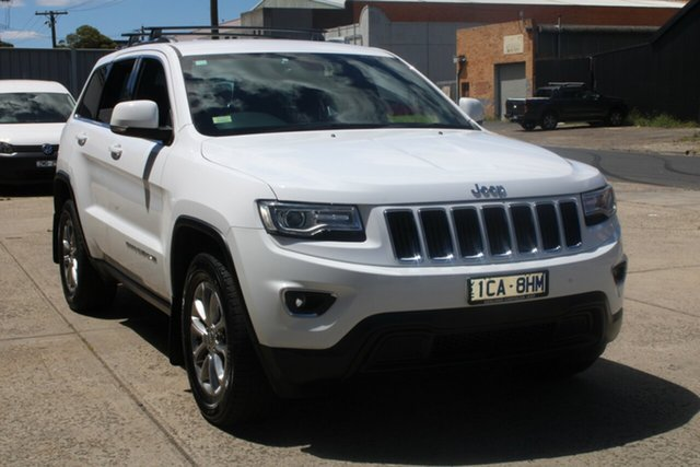 Used Jeep Grand Cherokee WK MY15 Laredo (4x4) West Footscray, 2014 Jeep Grand Cherokee WK MY15 Laredo (4x4) White 8 Speed Automatic Wagon