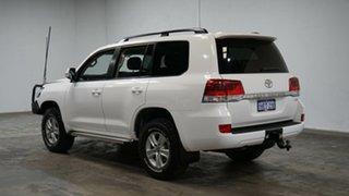 2017 Toyota Landcruiser VDJ200R GXL White 6 Speed Sports Automatic Wagon.