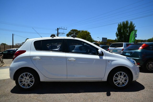 Used Hyundai i20 PB MY11 Active Blair Athol, 2011 Hyundai i20 PB MY11 Active White 4 Speed Automatic Hatchback