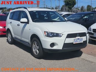 2011 Mitsubishi Outlander ZH LS White Constant Variable Wagon.