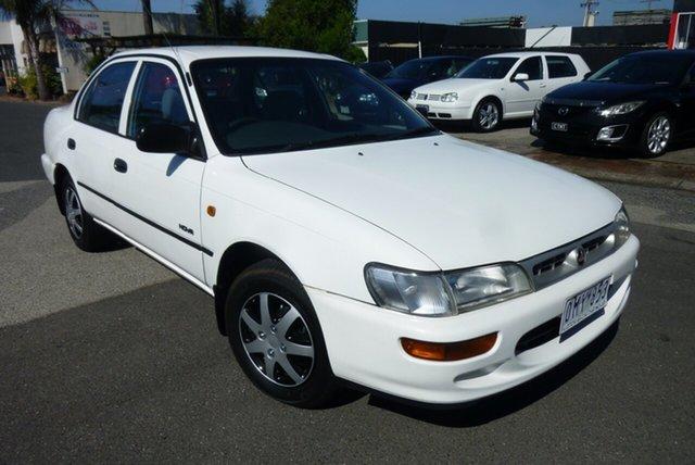 Used Holden Nova LG SLX Cheltenham, 1995 Holden Nova LG SLX White 5 Speed Manual Sedan