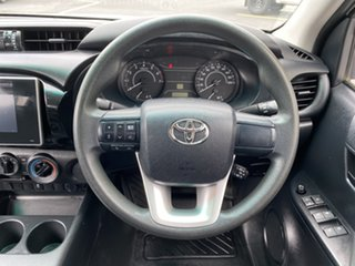 2015 Toyota Hilux TGN121R Workmate Double Cab 4x2 White 6 Speed Sports Automatic Utility