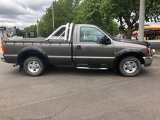 2001 Ford F250 XLT 4x2 4 Speed Automatic Utility.