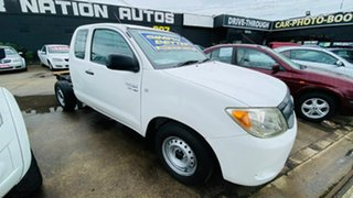 2008 Toyota Hilux GGN15R MY09 SR Xtra Cab 4x2 White 5 Speed Automatic Utility.