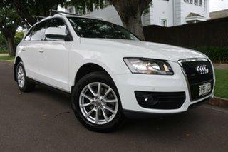 2010 Audi Q5 8R MY10 TDI S Tronic Quattro White 7 Speed Sports Automatic Dual Clutch Wagon.