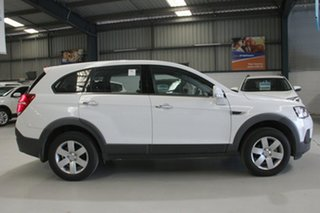 2016 Holden Captiva CG MY16 7 LS (FWD) White 6 Speed Automatic Wagon