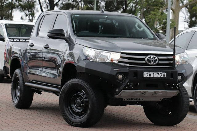 Pre-Owned Toyota Hilux GUN126R SR Double Cab Warwick Farm, 2017 Toyota Hilux GUN126R SR Double Cab Grey 6 Speed Sports Automatic Cab Chassis