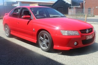 2005 Holden Commodore VZ SV6 Red 5 Speed Auto Active Select Sedan.