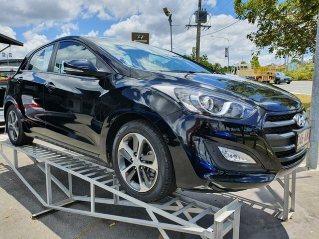 Used Hyundai i30 GD3 Series II MY16 Active X Springwood, 2015 Hyundai i30 GD3 Series II MY16 Active X Black 6 Speed Manual Hatchback