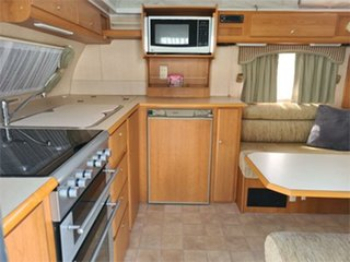 2005 Jayco Heritage Caravan.