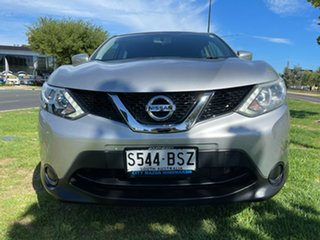 2014 Nissan Qashqai J11 ST Silver 6 Speed Manual Wagon.