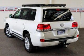 2016 Toyota Landcruiser VDJ200R Sahara Crystal Pearl 6 Speed Sports Automatic Wagon.