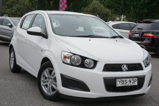Used Holden Barina TM MY15 CD Phillip, 2015 Holden Barina TM MY15 CD White 6 Speed Automatic Hatchback
