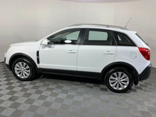 2014 Holden Captiva CG MY15 5 LT White 6 Speed Manual Wagon