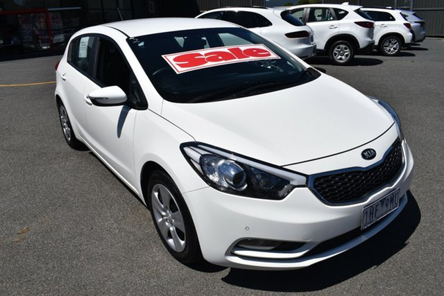 Used Kia Cerato YD MY16 S Wantirna South, 2016 Kia Cerato YD MY16 S White 6 Speed Sports Automatic Hatchback