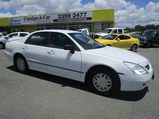 2004 Mitsubishi Magna TW ES White 4 Speed Sports Automatic Sedan.