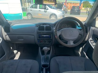 2004 Hyundai Accent White Automatic Hatchback
