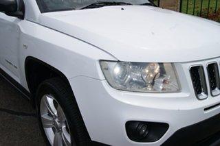 2012 Jeep Compass MK MY12 Sport (4x2) White 5 Speed Manual Wagon.