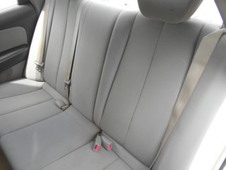 2007 Hyundai Elantra HD SX White 4 Speed Automatic Sedan